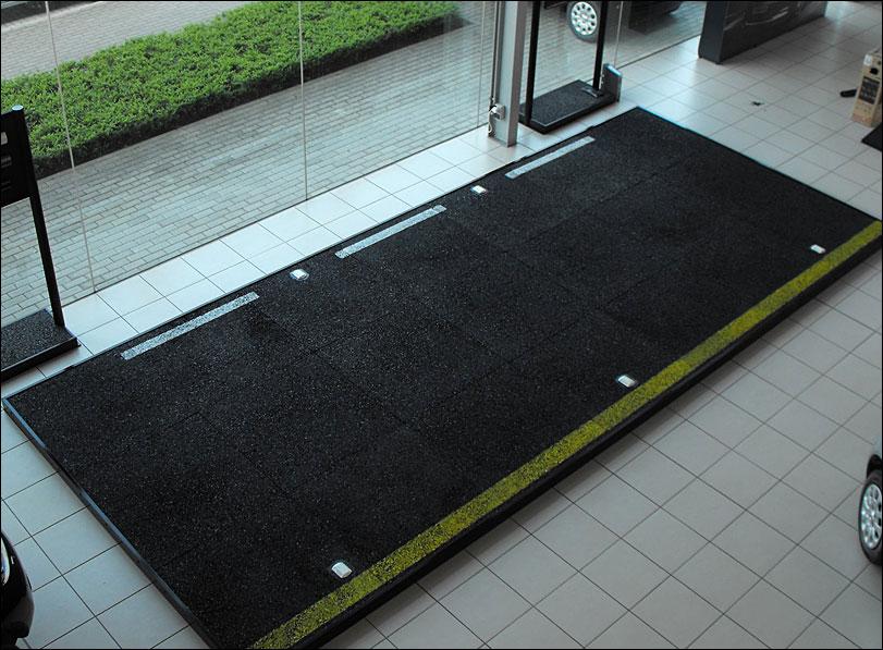 Nissan Supercar Display by Merit Display