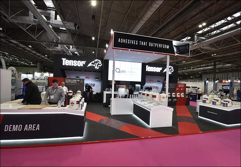 Quin Exhibition Stand